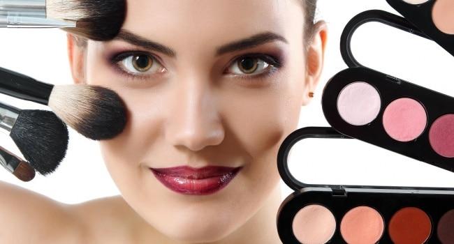 Fashion makeup-2019: photos, trends, tips