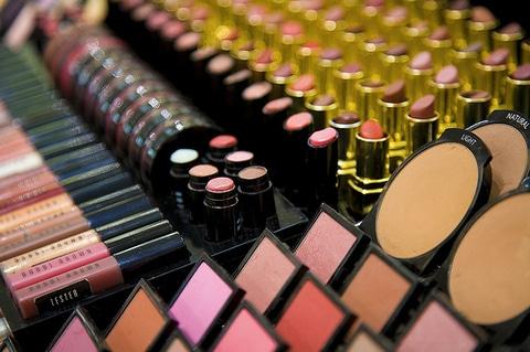 Makeup Essentials: the secrets of professional makeup artists