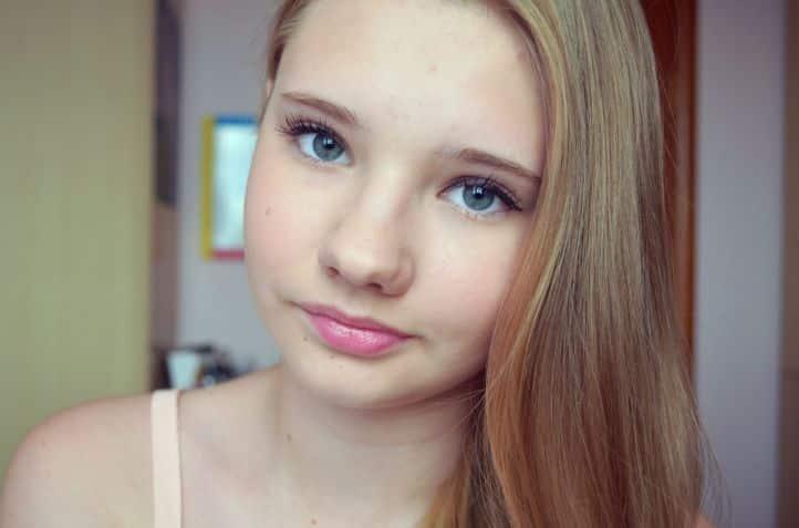 Makeup to school