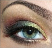 Beautiful makeup for blue eyes for prom