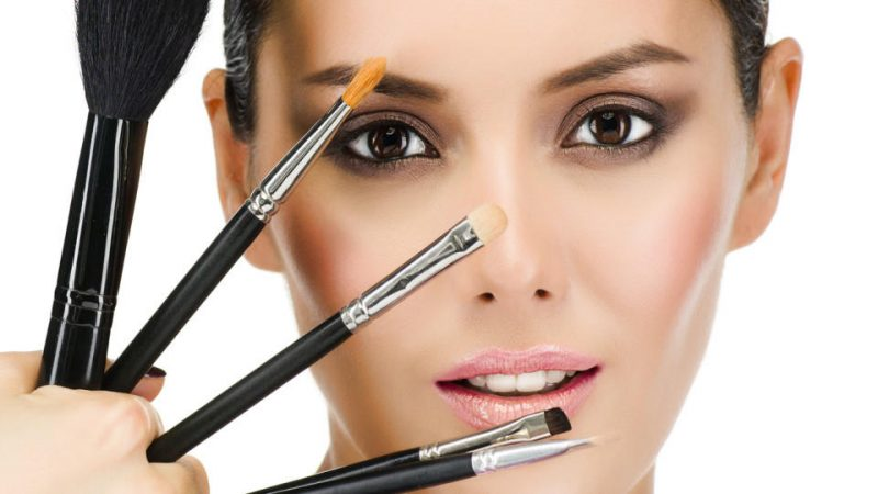 Simple makeup tips for a perfect Look