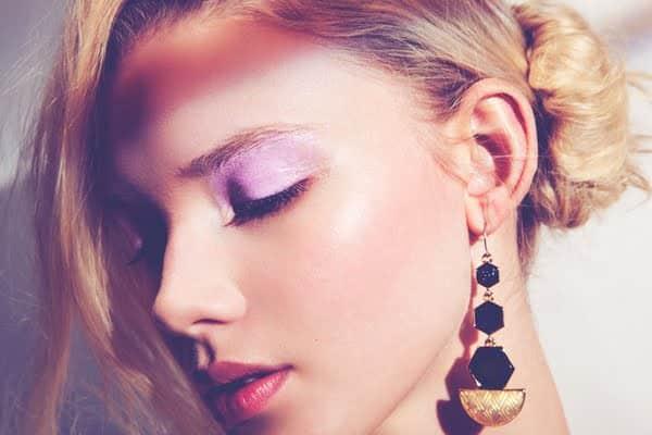 makeup with purple eye shadow