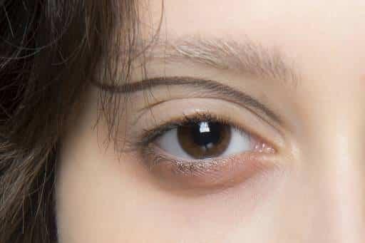 Линия на глазах